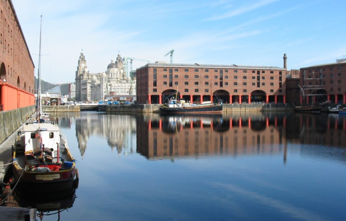 Albert Dock Liverpool boats